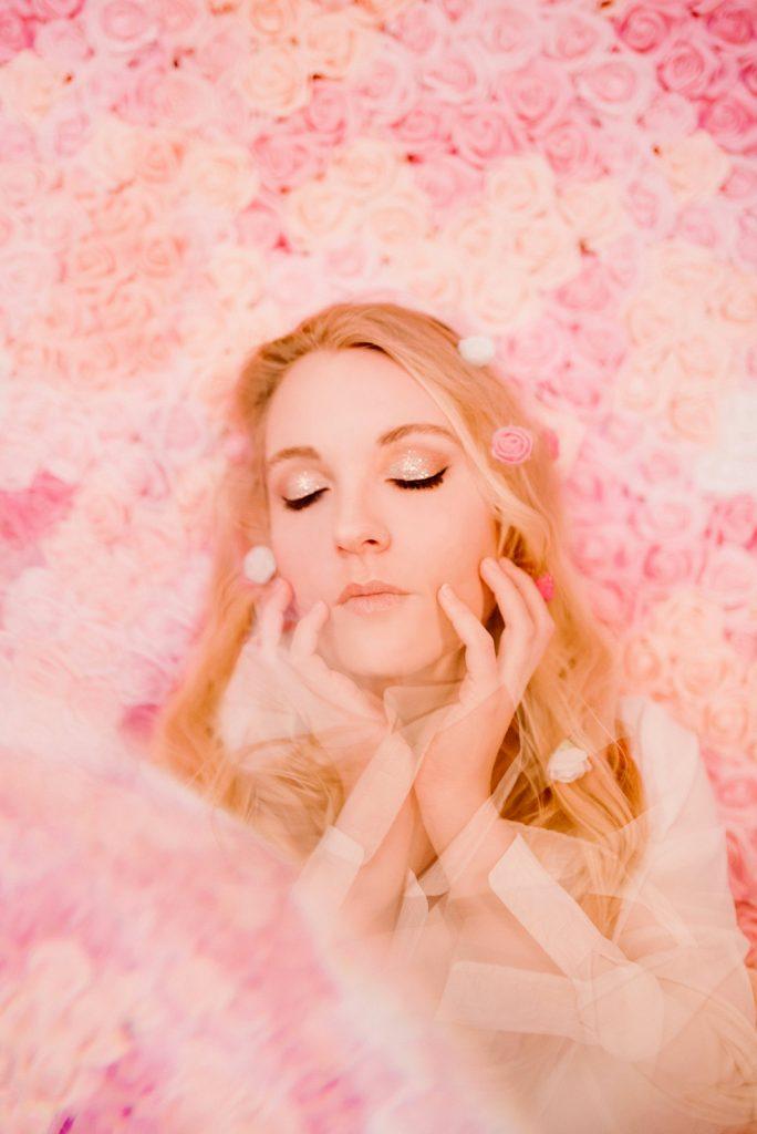 ClemenceLEROYPhotographe-2020-Erika-Roses-01-WEB